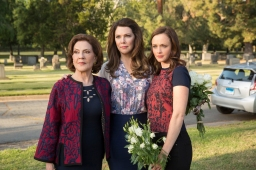 With #AYearInTheLife, The Gilmore Girls' Emancipation Comes Full Circle